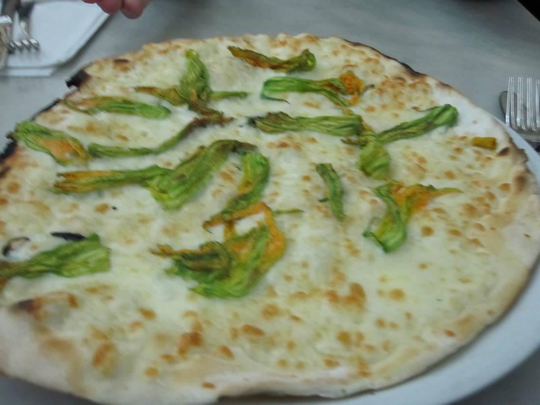 Tavolini Di Marmo Trastevere : Pizzeria ai marmi in trastevere rom forum